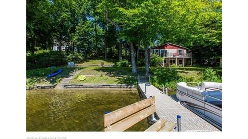130' Of Waterfront On Lake Cobbosseecontee, vacation rental in Winthrop