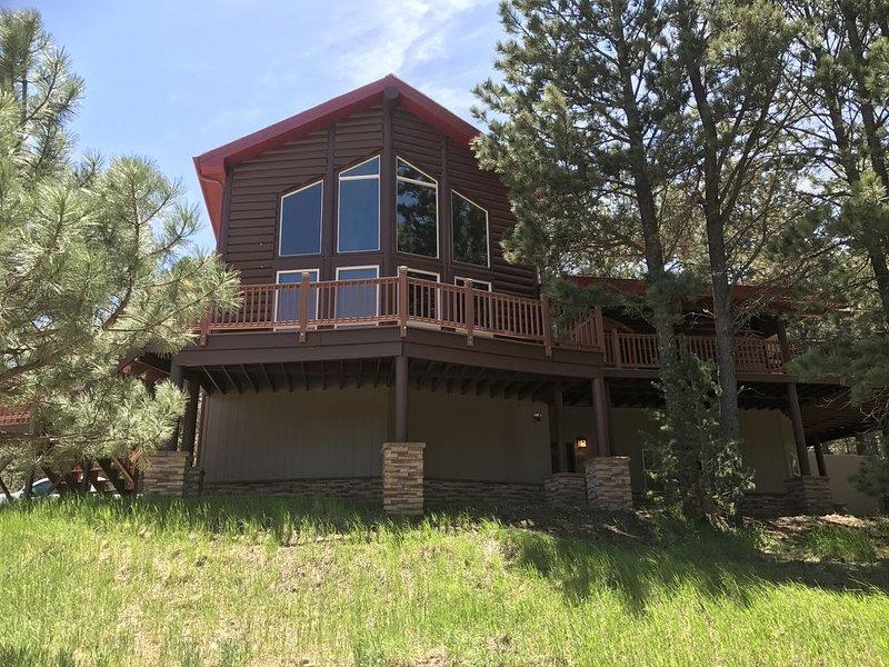Luxury Mountain Retreat, holiday rental in Cloudcroft