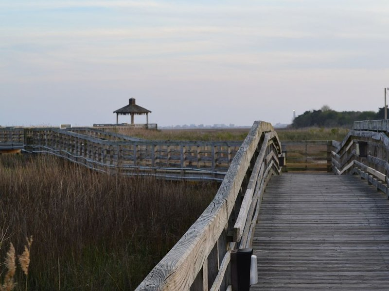 Getaway to the Happiest Coastal Town in America., vacation rental in Southport