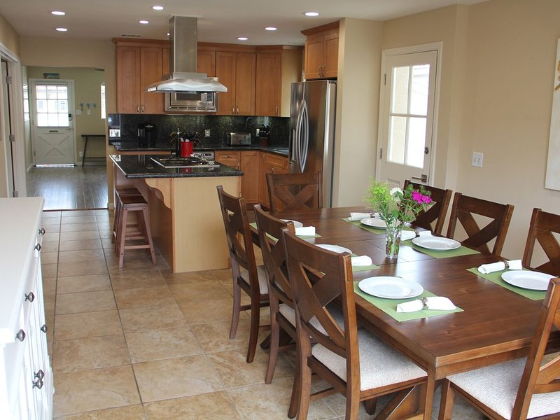 Newly-Furnished Oceanside Home!, holiday rental in Pismo Beach