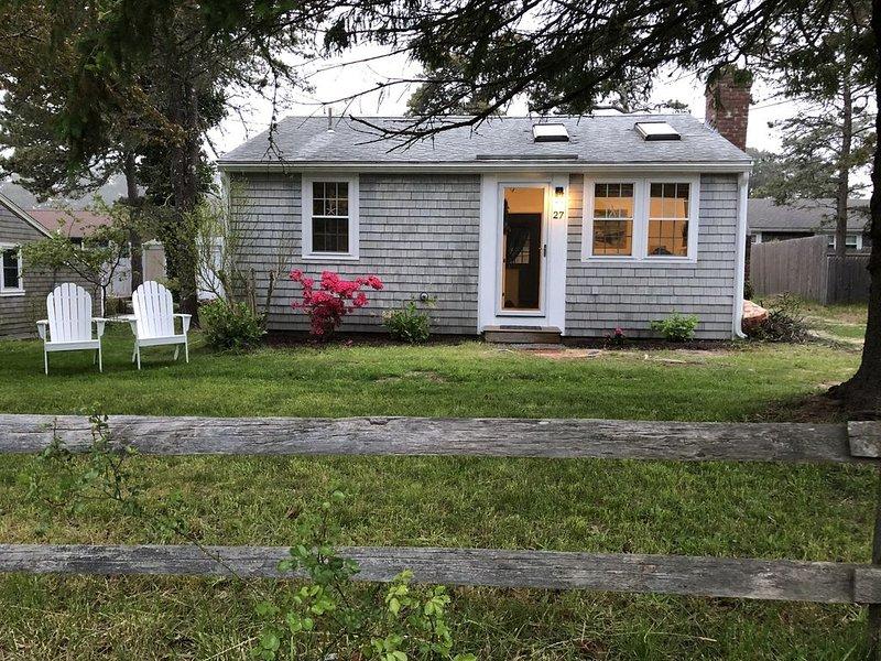 Renovated Dennis Port cottage, location de vacances à Dennis