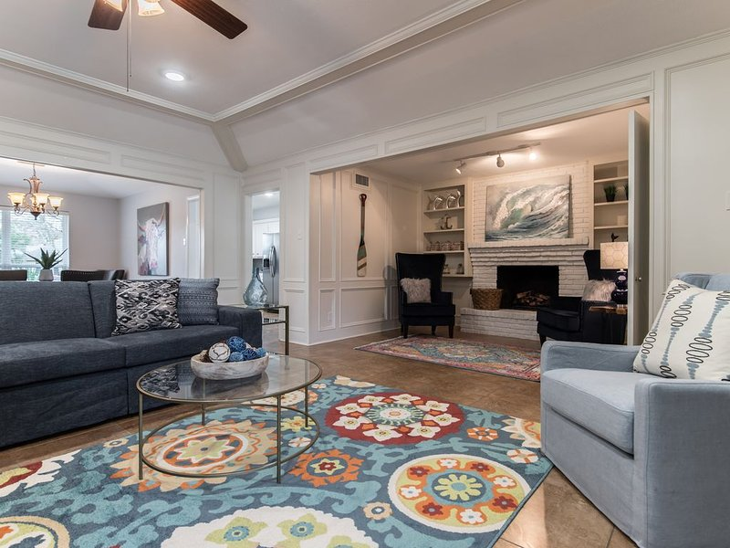 Fabulous House, Pool & Great Location!, vacation rental in Richardson