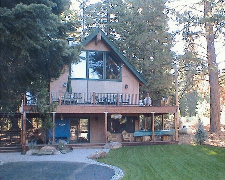 Beautiful Mountain Cabin, holiday rental in Prattville