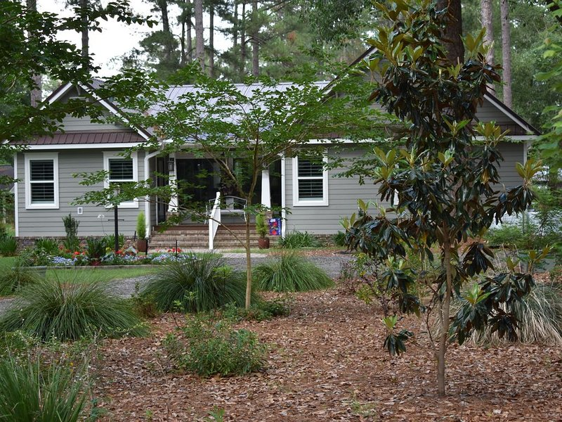 Near St. Simons, Jacksonville and others., holiday rental in Waresboro
