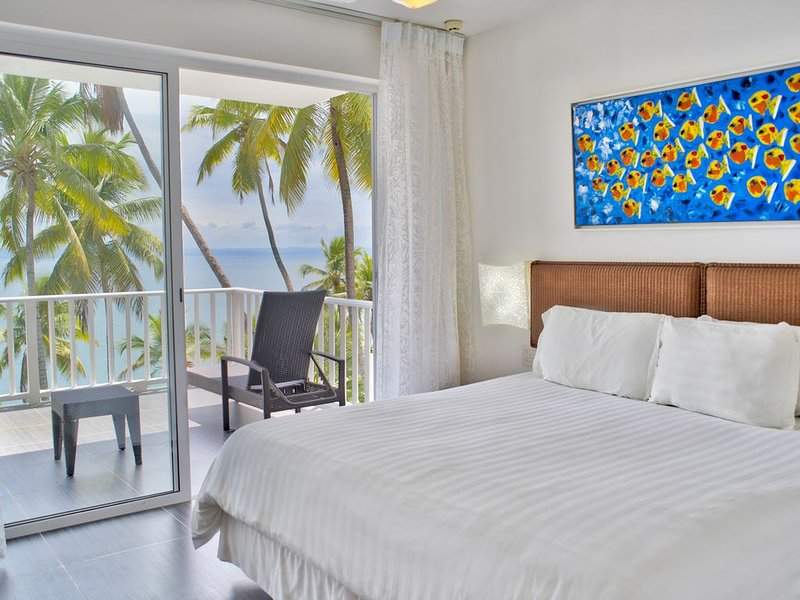 Exquisite Bayfront Condo w/ WIFI and Private Beach, holiday rental in Miches