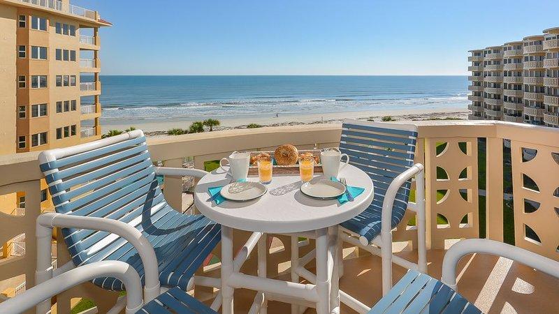 ****BREATHTAKING SUNRISE/SUNSET VIEWS****, vacation rental in New Smyrna Beach