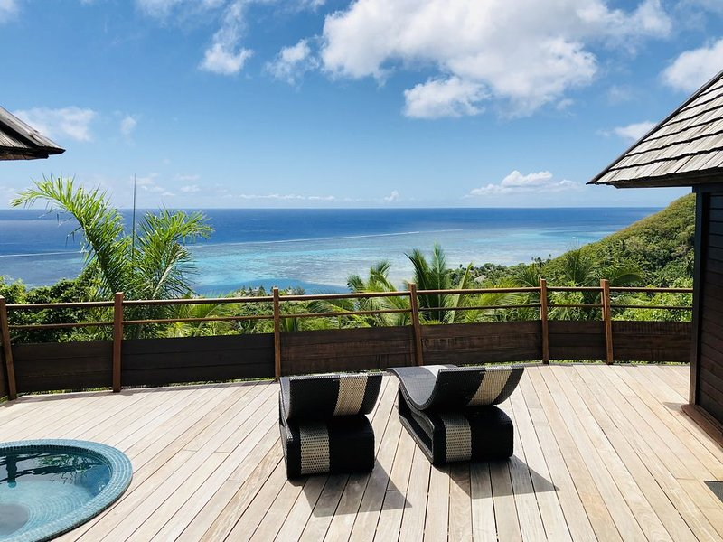 MOOREA Villa Te Maka #40 Legends Residences, 4 pax, Ocean View, Jacuzzi, A/C, holiday rental in Moorea