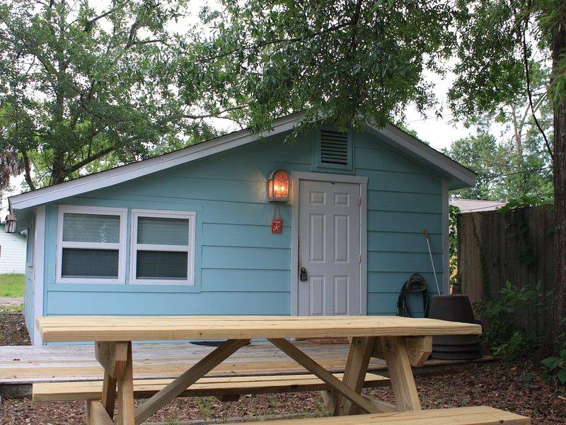 WOW!!  Super Cute Cottage in Heart of Port St Joe, vacation rental in Port Saint Joe
