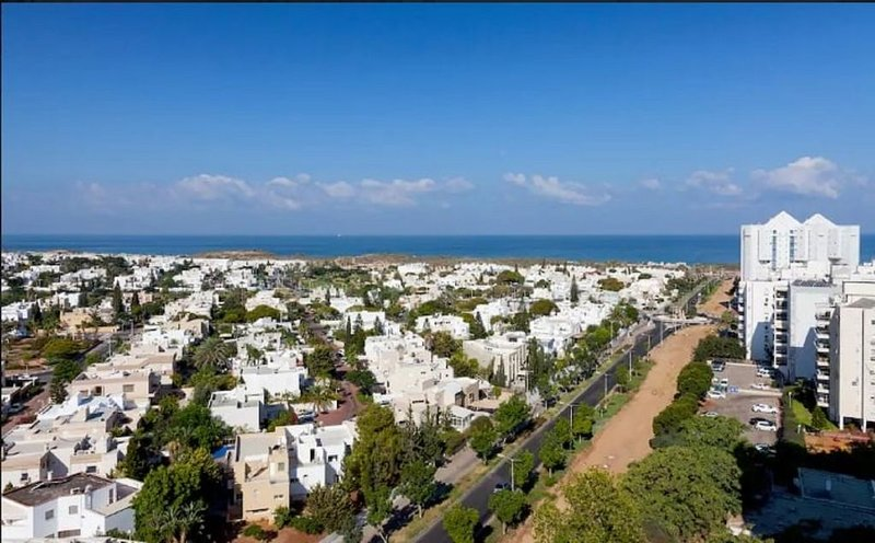 Modern Apartment , Amazing beach, holiday rental in Ashdod