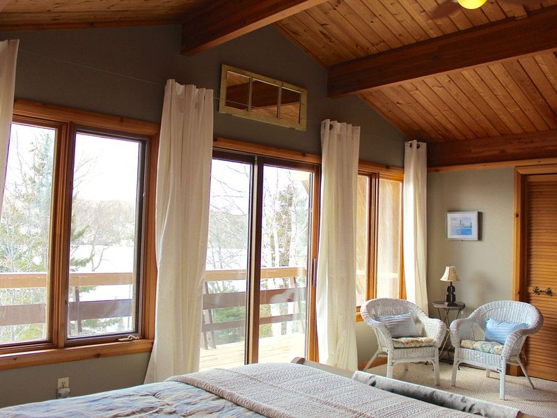 3 Bedroom Cottage 11 minutes from Baddeck, vacation rental in Cape Breton Island