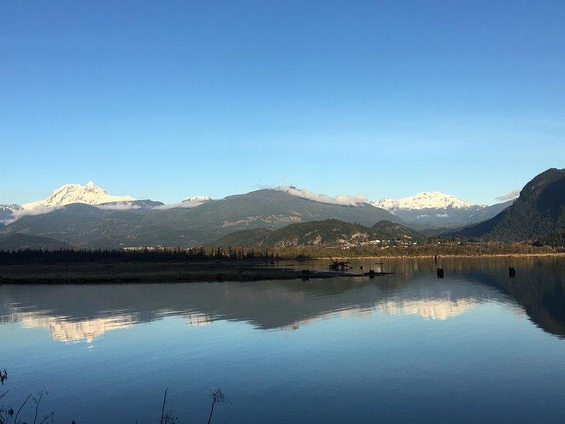 Your Adventure Awaits!, Ferienwohnung in Squamish