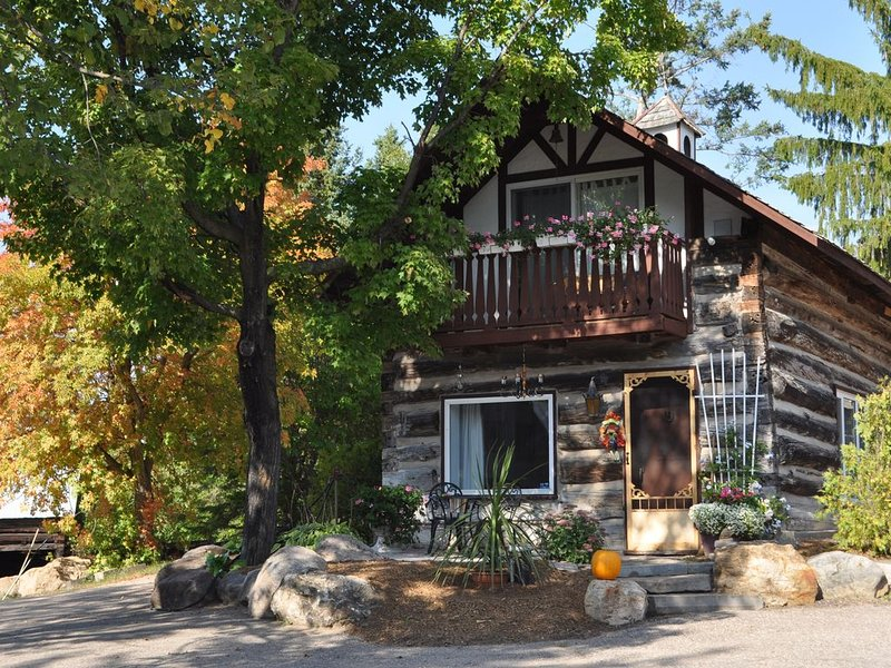 Gerbers 1870 Chalet - A touch of Bavaria in Canada, Ferienwohnung in Golden Lake