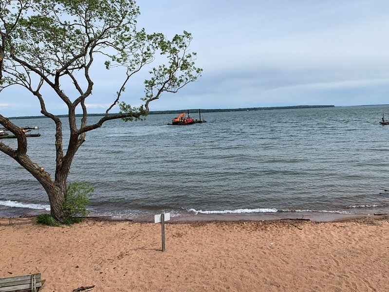 202 Is a Fantastic Beach Front Condo, vacation rental in Bayfield