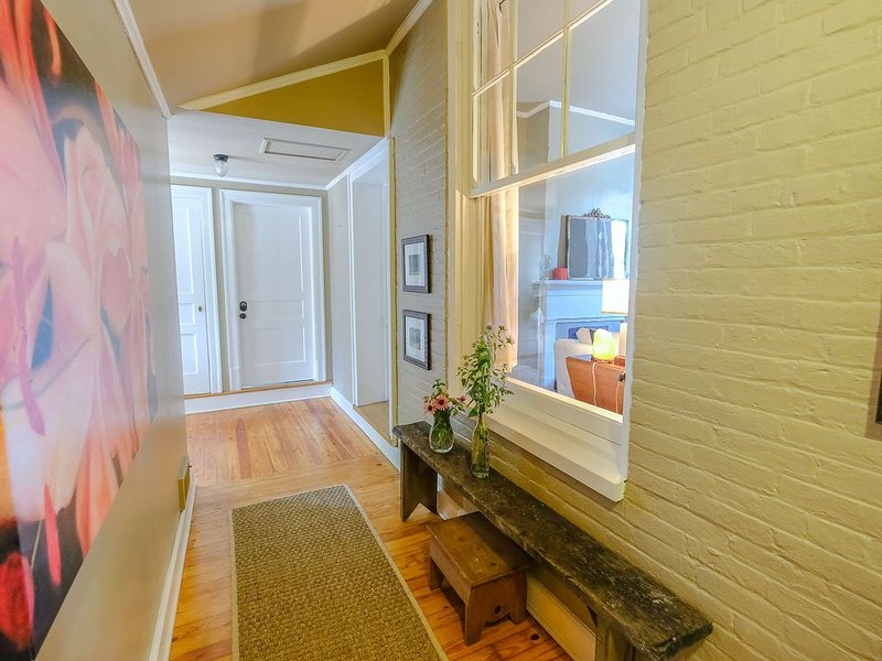 Childress House: The Magnolia on Lytle | Historic Charm + Modern Updates, alquiler de vacaciones en Murfreesboro