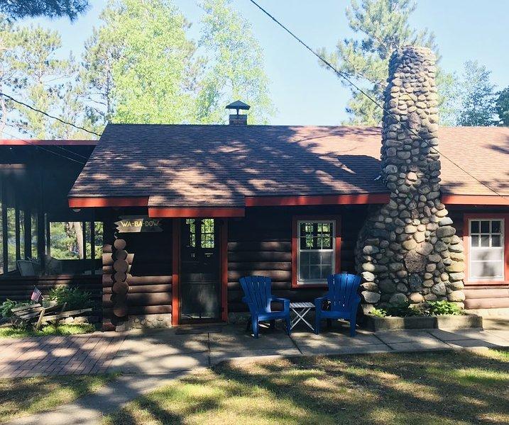 Book now for Summer 2020 Vintage Log Cabin  7 night minimum Saturday - Saturday, alquiler vacacional en Park Rapids