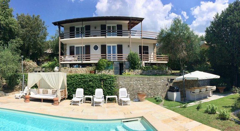 ALCOVA B&B Reggello, Toscana, not just another b&b..., vacation rental in Cancelli