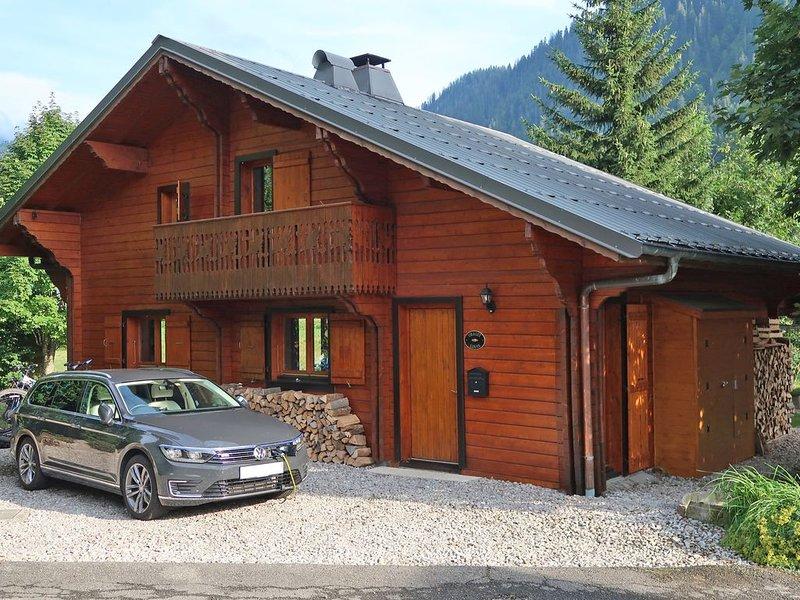 Chalet Louis FAMILY SKI CHALET 4 bedroom open plan chalet that sleeps 9, location de vacances à La Chapelle d'Abondance