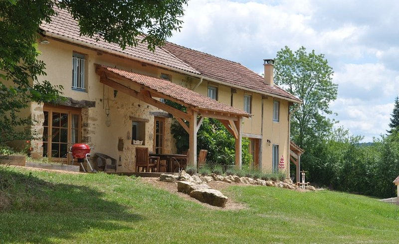 *** Sol du Mazel *** Two exclusive gites, combined for sole occupancy, holiday rental in Saint Pompon