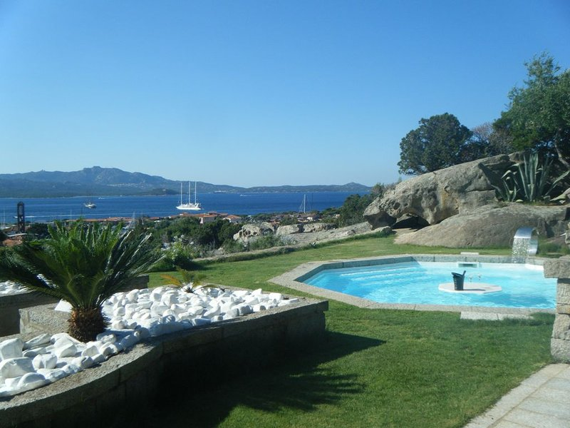 Villa Cava Del Tom - Top Location, holiday rental in Porto Rotondo