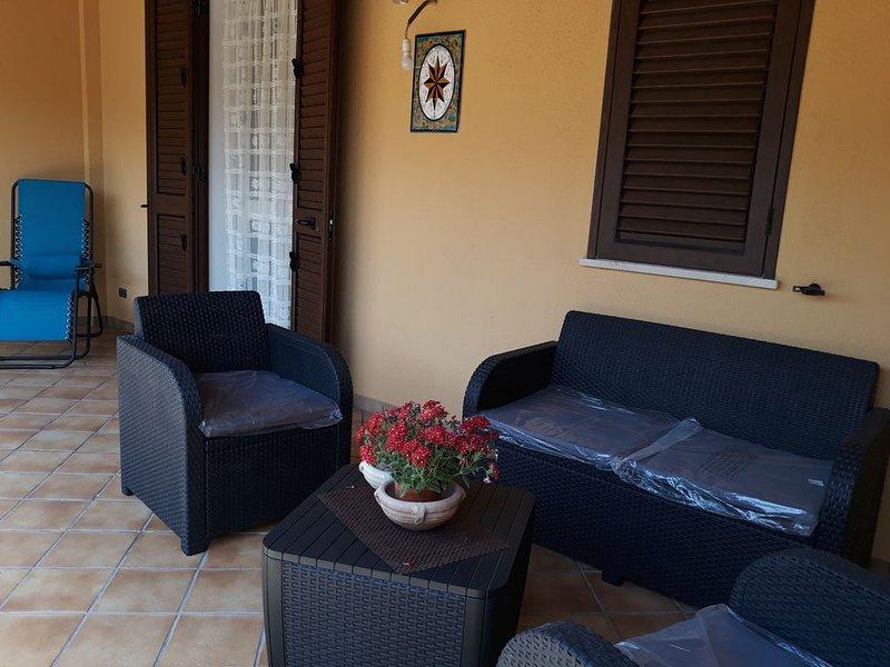 Villetta con accesso diretto al mare, vacation rental in Piana Calzata