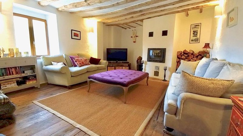 Family friendly, pet friendly home in Serre Chavalier, Haute-Alps, holiday rental in Cervieres