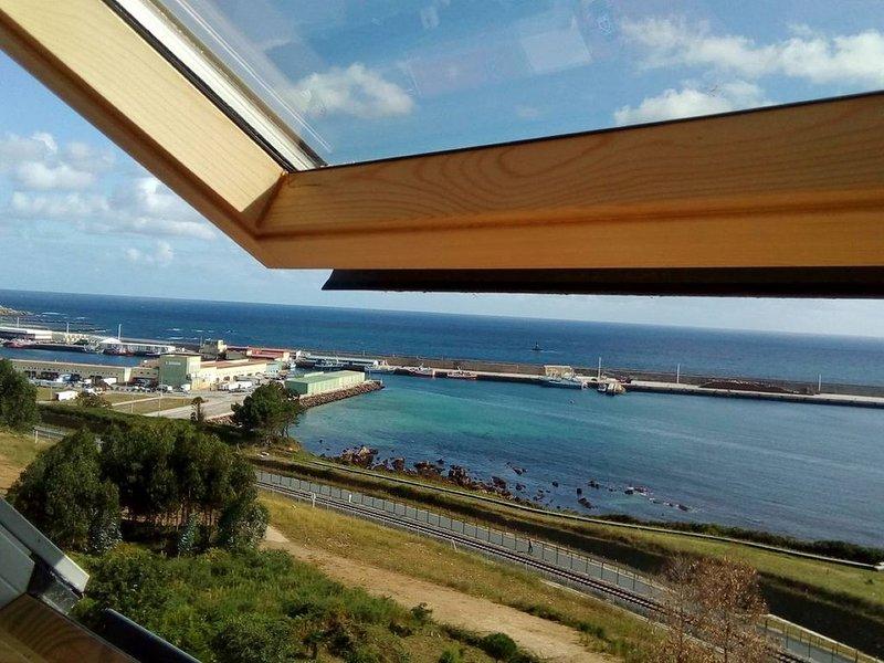 Panoramic views of the sea/Vistas increibles del mar, location de vacances à San Cibrao