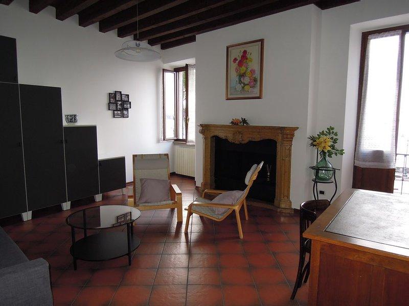 Appartamento 'Le Volte', holiday rental in Toscolano-Maderno