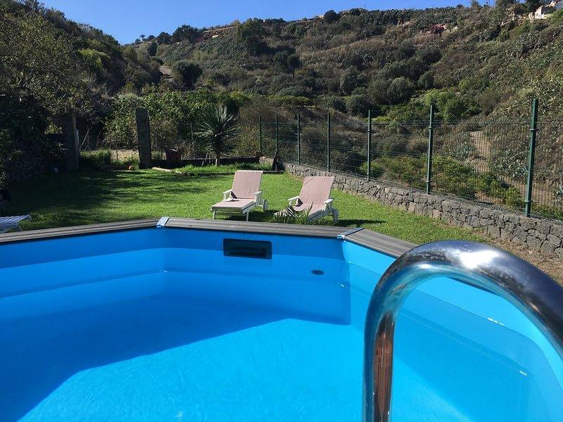 Elegante Villa mit Pool und  Garten, holiday rental in Pino Santo Alto