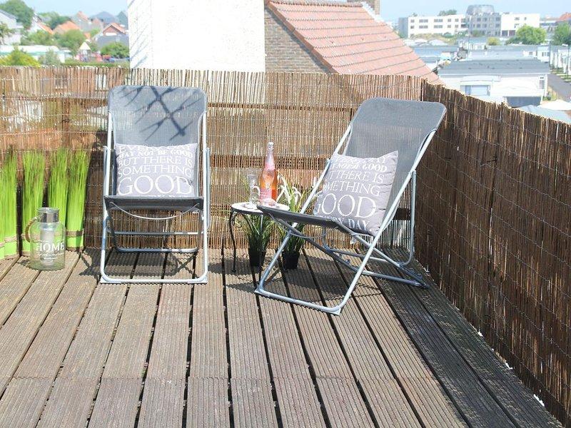 Kindvriendelijke vakantiewoning met overdekte patio en zonneterras, location de vacances à Middelkerke