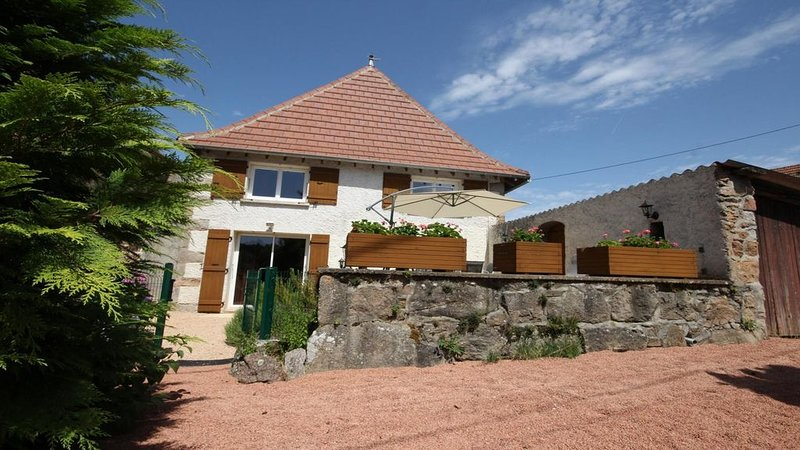 Gîte des Avaizes, vacation rental in Saint-Igny-de-Vers