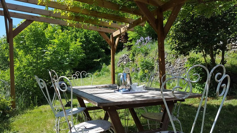 Maison dans les Cevennes au bord de l'Herault, location de vacances à Saint Andre de Valborgne