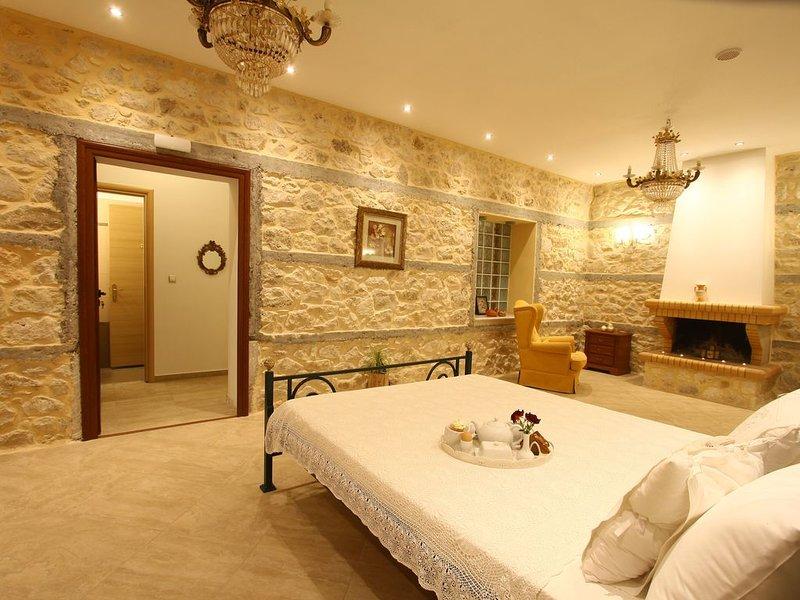 Traditional Villa Vanilia next to the sea!, holiday rental in Porto Germeno