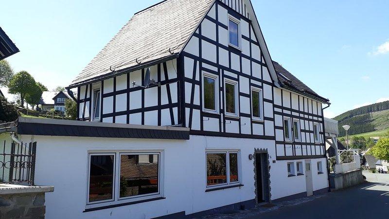 Vakantie 'Huisekes', het THUIS voor een heerlijke relaxvakantie, holiday rental in Langewiese