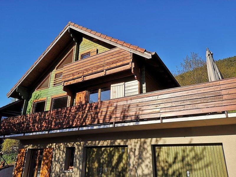 Gîte-Chalet Les orchis - Hautes Vosges d'Alsace, holiday rental in Husseren-Wesserling
