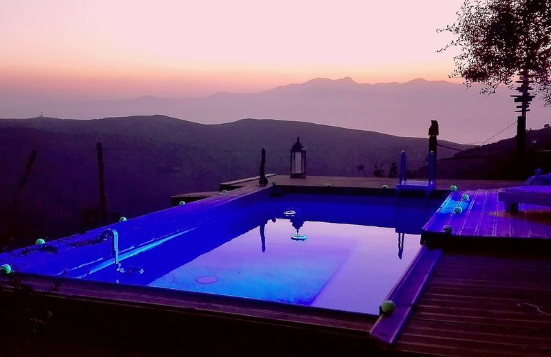 Kalliberry Cycladic Farmhouse, holiday rental in Andros