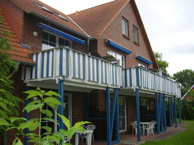 ruhige und zentral gelegene FeWo, max. 4 Pers., Waschmaschine, Grillplatz, WLAN, holiday rental in Ostseebad Prerow