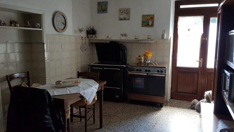 Toscana gemütliches 6 Personen-Ferienhaus Campagnatico/Gr., aluguéis de temporada em Poggi del Sasso