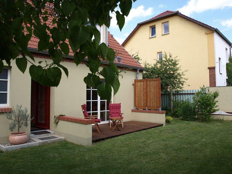 Familienfreundliche Unterkunft, mit eigenem Garten, casa vacanza a Alt-Ruppin