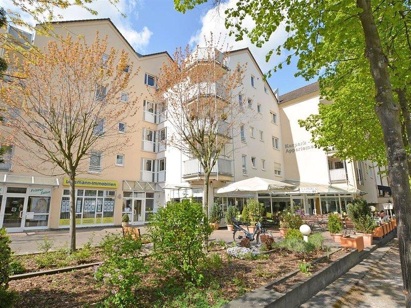 Schönes 2-Zimmer-Appartement im Kurgebiet - Tageslichtbad, WLAN, TV, Balkon, Ferienwohnung in Grolsheim