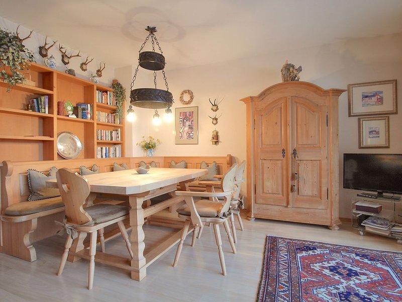 FeWo Reserl | Gemütliche und zweckmässig eingerichtete 2- Zimmer FeWo, holiday rental in Garmisch-Partenkirchen