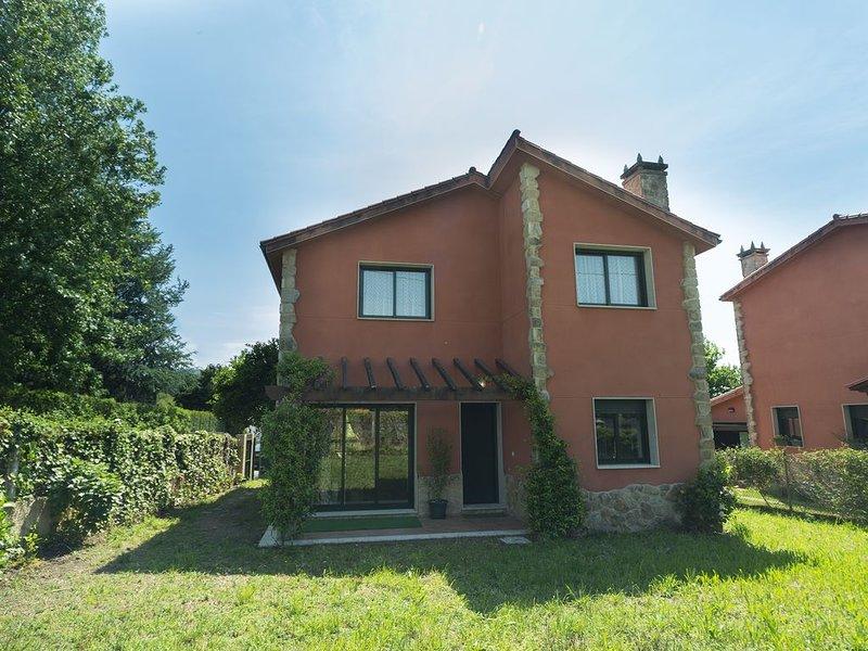 Casa Duna, ideal para familias, holiday rental in Negreira