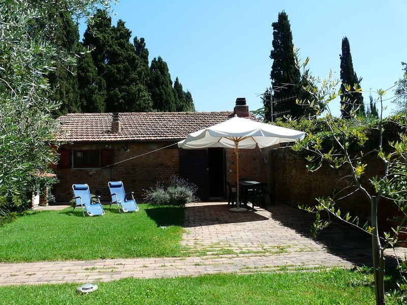 Fewo in Istia,Maremma, grosser Garten, Klimaanlage,Familienfreundlich,free Wi Fi, Ferienwohnung in Arcille