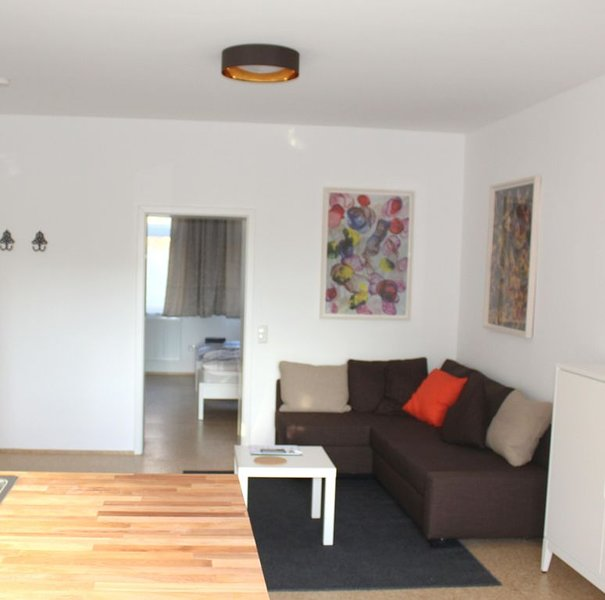 Haus Roy, 3 Zimmerferienwohnung im kernsanierten Haus, holiday rental in Nideggen
