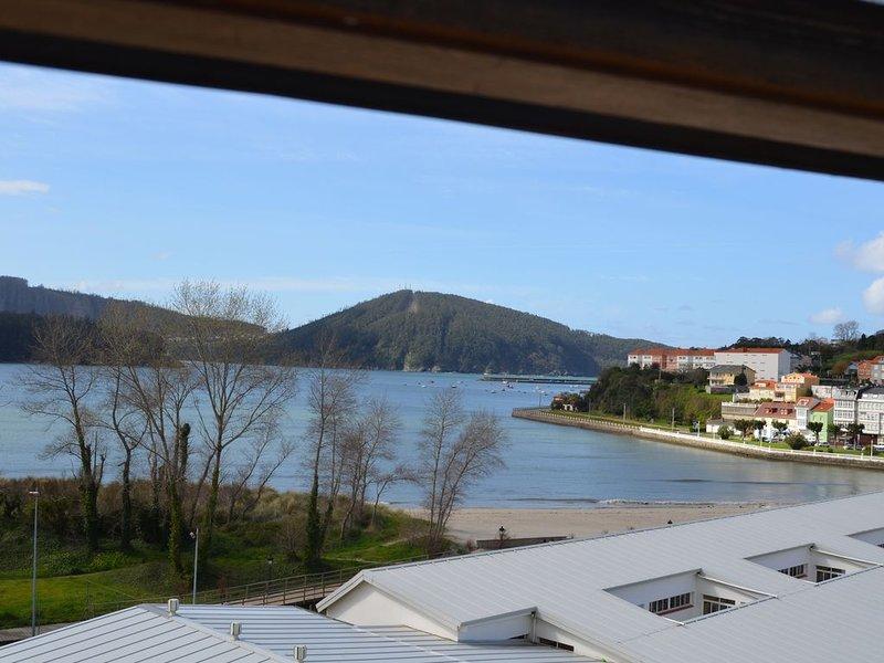 Piso con excelentes vistas en Cedeira, vacation rental in Valdovino