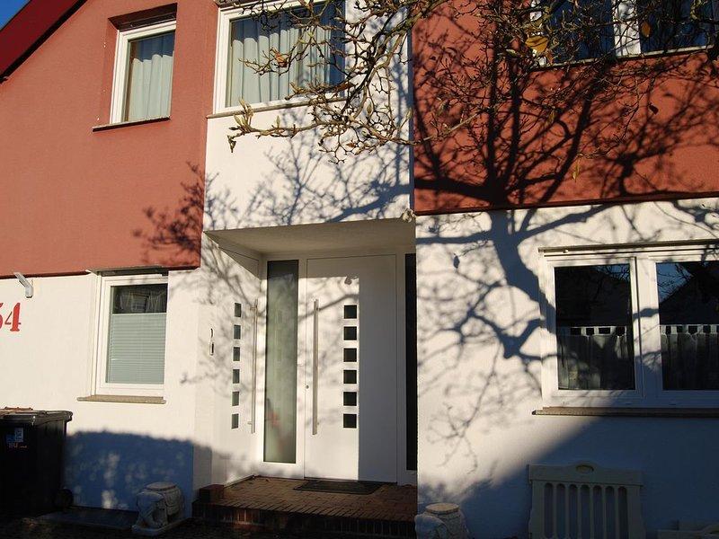 Moderne Business Wohnung in Köngen mit guter Verkehrsanbindung und Fitnessstudio, casa vacanza a Bad Urach