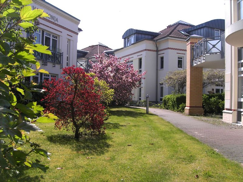 gemütliche, großzügige Ferienwohnung in der Residenz am Postplatz in Zingst, location de vacances à Zingst