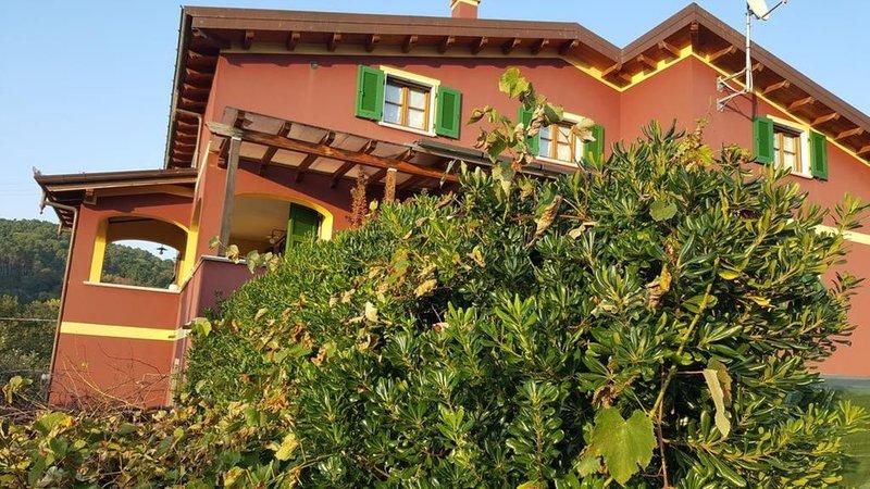 Appartamento Di Luna e Di Sole, vacation rental in Giucano