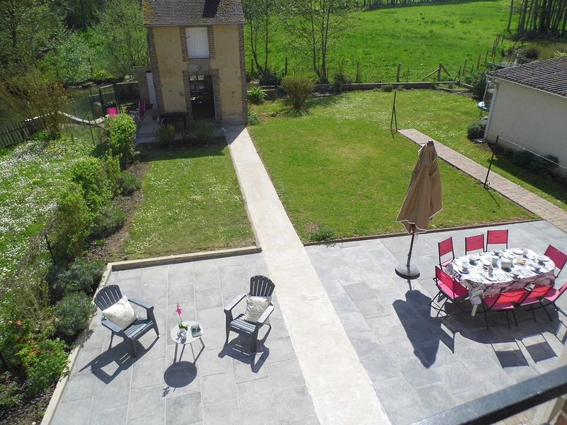 Le gîte d'Angel proche Guédelon, holiday rental in Lainsecq