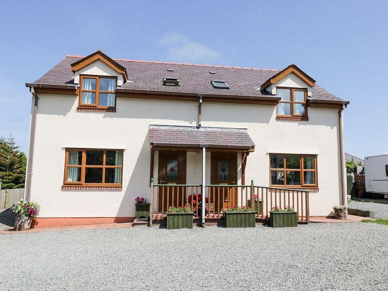 Beech Cottage, BENLLECH, holiday rental in Brynteg