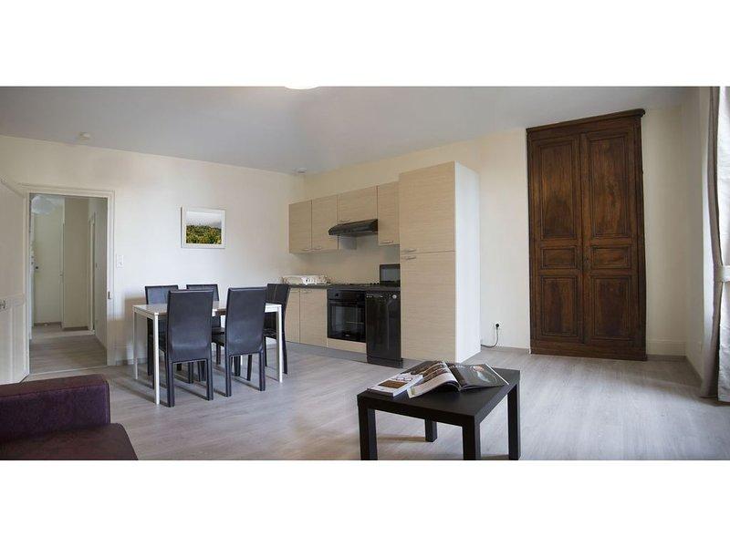 Venez profiter de la Bourgogne dans ce magnifique gîte au calme., holiday rental in Vosne-Romanee